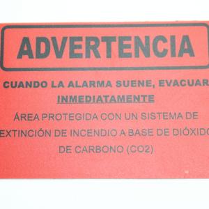 02-11397-@-LETRERO-PARA-SEÑALIZACIÓN-EVACUAR-EN-CASO-DE-ACTIVACIÓN-DE-ALARMA